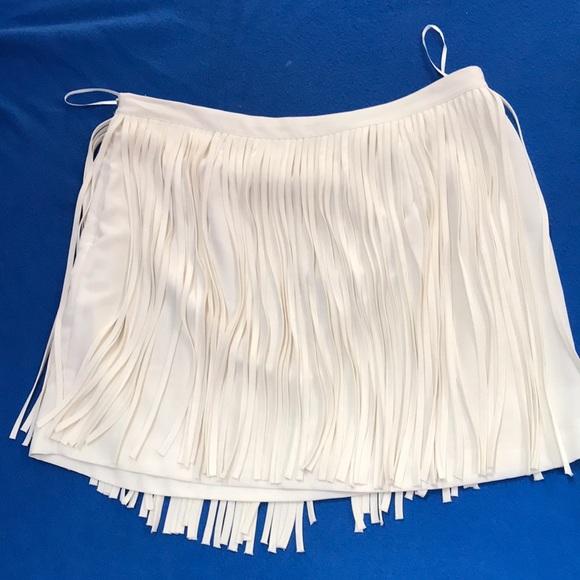 Zara Dresses & Skirts - Mini skirt